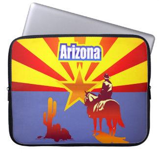 Vintageillustration med den Arizona statlig flagga Laptop Sleeve
