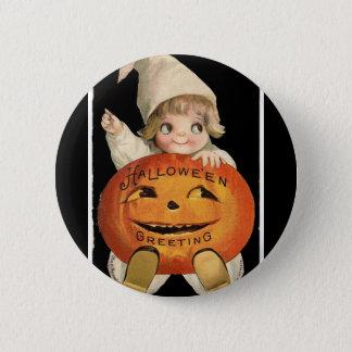 Vintageliten flicka med stor Halloween pumpa Standard Knapp Rund 5.7 Cm