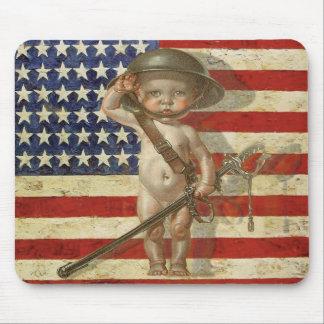 Vintagepatriot Mousepad med babyhjälten på flagga Musmatta