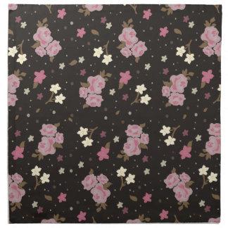 Vintagerosa ros på mörkbruntbakgrund tygservett