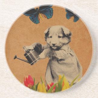 Vintagevalpen blommar fjärilsGrunge Underlägg