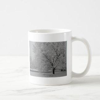 vinter i landet vit mugg
