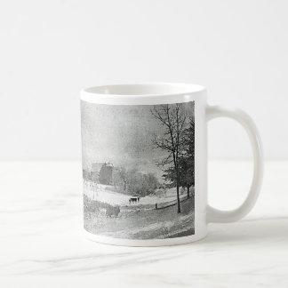 Vinter på lantgården kaffemugg
