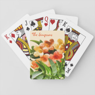 Vintern blommar i Tiberias, Israel som leker kort Spelkort