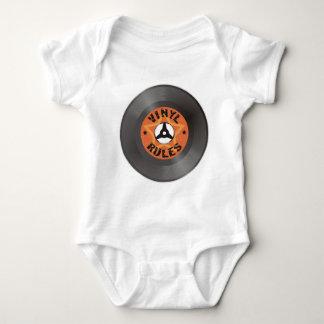 Vinylregler Tröjor