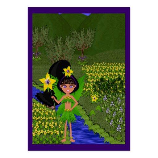 Violett fe i fält av blommagåvamärkre visitkort