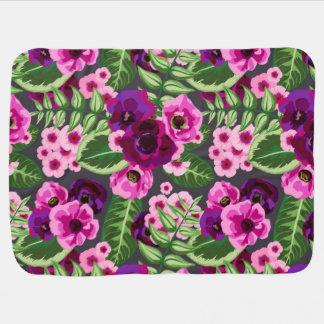 Violett mönster för x-rosablommor bebisfilt