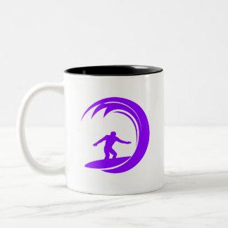 Violett purpurfärgad surfare Två-Tonad mugg