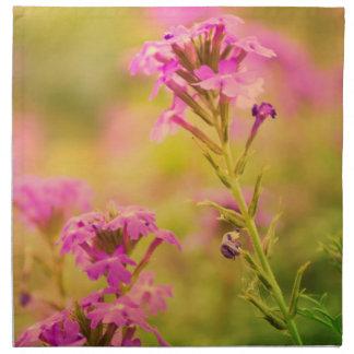 Violetta blommor tygservett