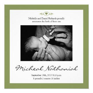 Vis man för nyfödd bebisfödelsemeddelande personliga tillkännagivanden