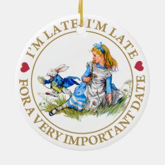 Vitkaninarbetskopian av Alice i underland Julgransprydnad Keramik
