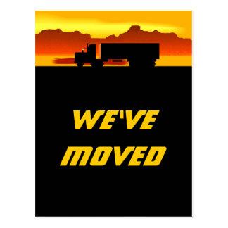 Vykortflyttalastbil på rört nytt adress för vykort