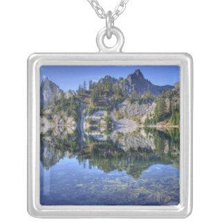 WA alpin sjöarvildmark, Gem sjö, med 2 Silverpläterat Halsband