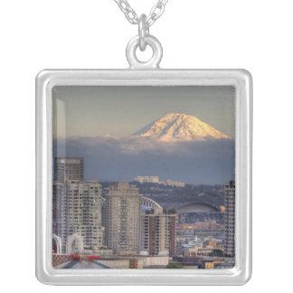 WA Seattle, Mount Rainier från Kerry parkerar Silverpläterat Halsband