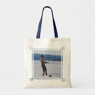 Wakeboarding på hav tote bags