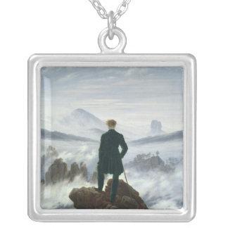 Wandereren ovanför havet av dimma, 1818 silverpläterat halsband