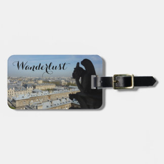 Wanderlust (den Paris gargoylen & beskådar), Bagagebricka