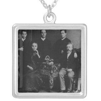 Wilhelm Liebknecht och hans familj Silverpläterat Halsband