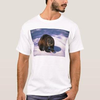 Wolverine på snö tee shirt