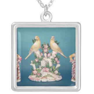 Worcester av turken och hans följe med fåglar silverpläterat halsband