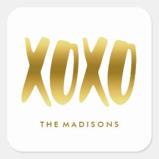 XOXO kramar och kysser guld- typografivit för Fyrkantigt Klistermärke