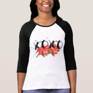 Xoxo valentin blommor för vattenfärg t-shirt