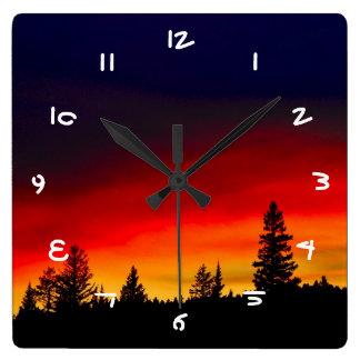 Yellowstone solnedgång fyrkantig klocka