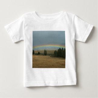 Yellowstone solnedgångregnbåge Montana T Shirt