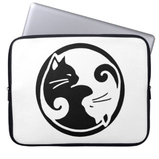 "Yin Yang katter 15"" laptop sleeve"