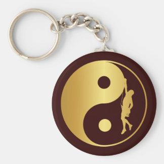 Yin & Yang klättrare (guld) Rund Nyckelring