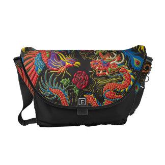 Yin Yang Phoenix och drakemessenger bag Messenger Bag