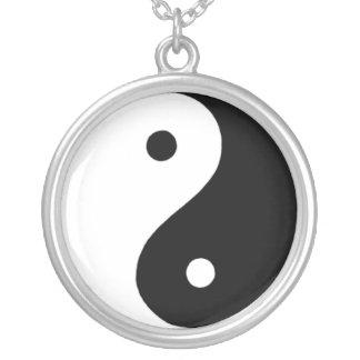 Yin/Yang Silverpläterat Halsband