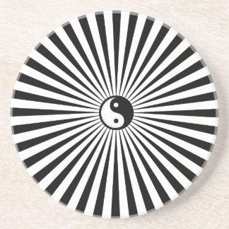 Yin-Yang solRulla-Svart/vit Underlägg