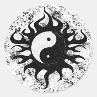 Yin Yang Splatter Runt Klistermärke