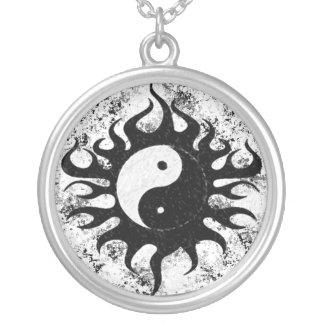 Yin Yang Splatter Silverpläterat Halsband