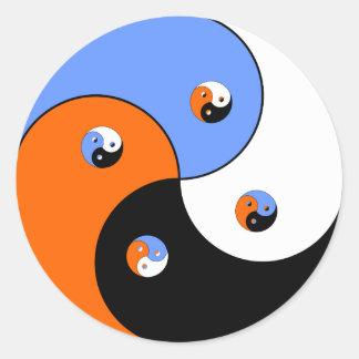 Yin Yang Yong 4 Runt Klistermärke
