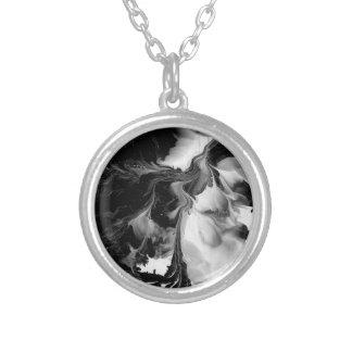 YINEN & YANGEN (abstrakt konst för svarten & för Silverpläterat Halsband
