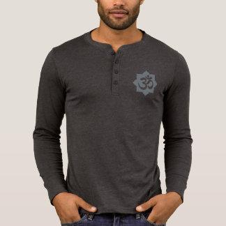 Yoga för andlighet för OM-lotusblommasymbol T-shirts