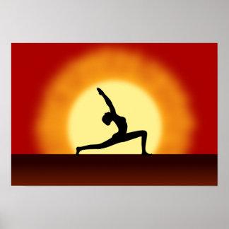 Yoga poserar Silhouettesoluppgång landskap Poster