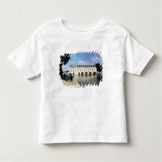 Yttre beskåda tshirts