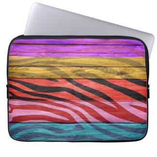 Zebra tryck på trä #12 laptopskydd